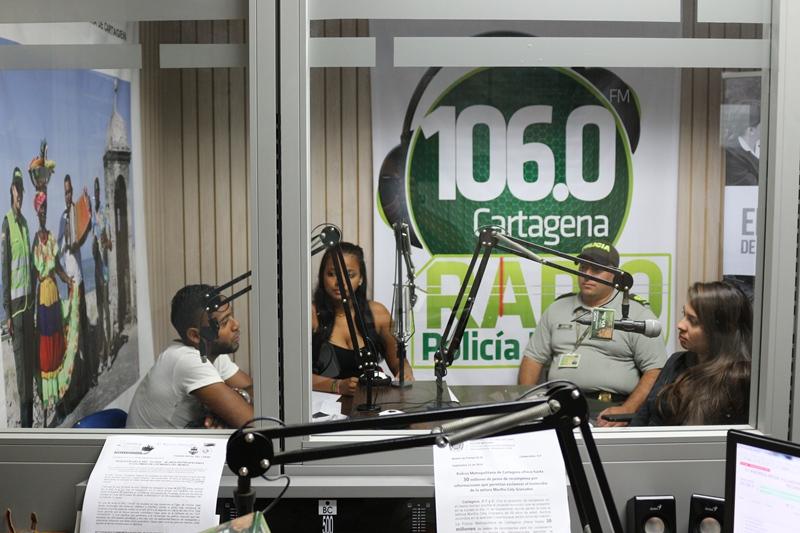 Radio Policía Nacional 106.0FM